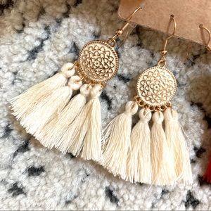 White/Cream Dangle Fringe Earrings New